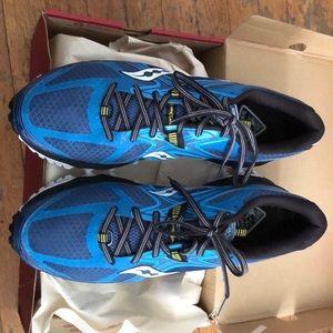 men's Saucony Xodus 5.0 trail shoes size 10.5